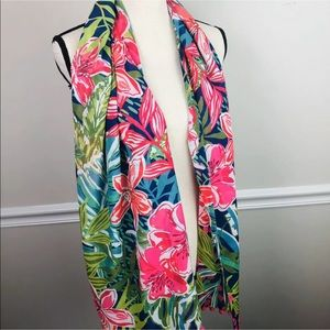 🎉HP🎉 Pappagallo Pink Sand Tropical Scarf Wrap